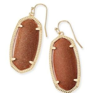 (1) single Kendra Scott burnt orange earring